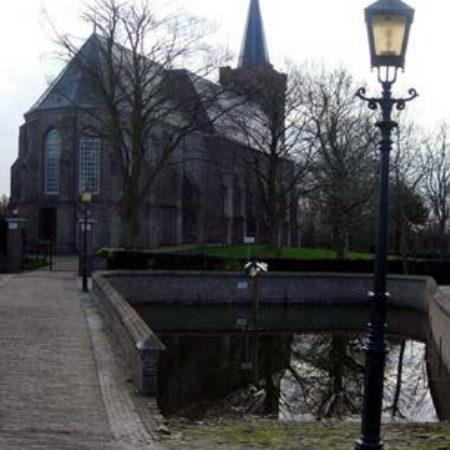5.-The-exterior-of-the-Sint-Maartenskerk-Wemeldinge-Zeeland-Netherlands.