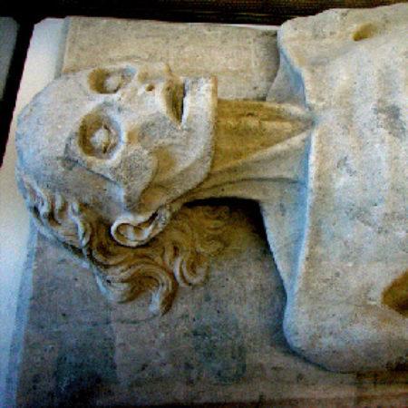 cadaver monument of Guillaume de Harcigny 03